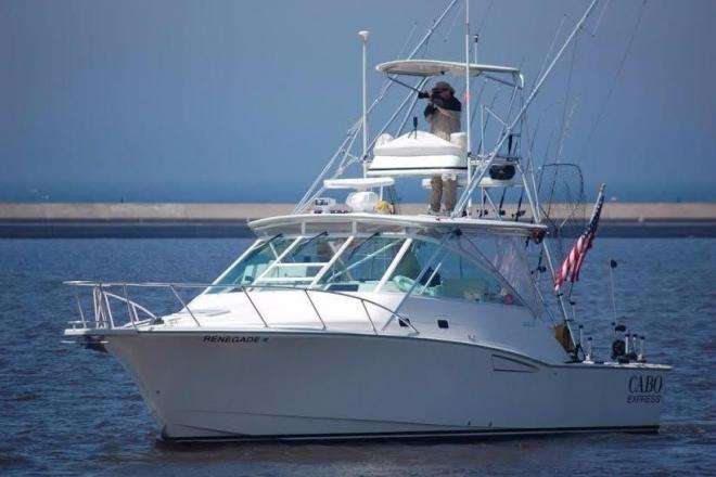 2001 Cabo 35 Expres - For Sale at Manistee, MI 49660 - ID 84386