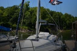 2008 Hunter Marine 33 Sailboat