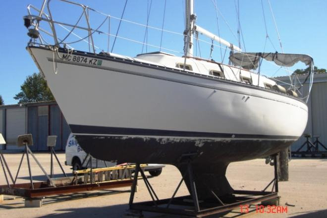 1979 Hunter 30 SLOOP - For Sale at Bay City, MI 48706 - ID 36246