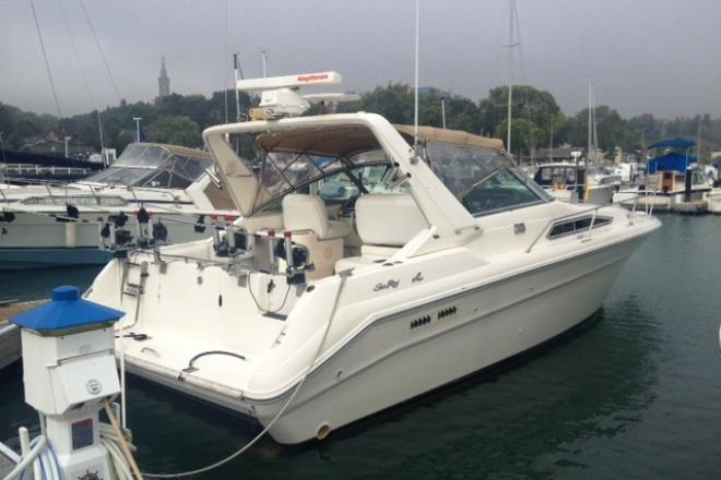 1993 Sea Ray 330 - For Sale at Pewaukee, WI 53072 - ID 49321