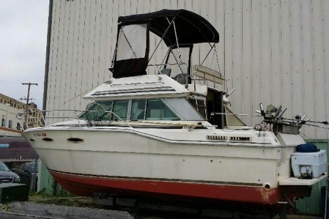 1986 Sea Ray 300 DB - For Sale at Pewaukee, WI 53072 - ID 75078