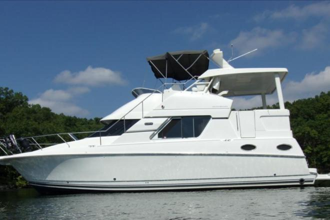 1998 Silverton 372 Aft Cabin Motor Yacht - For Sale at Osage Beach, MO 65065 - ID 93651