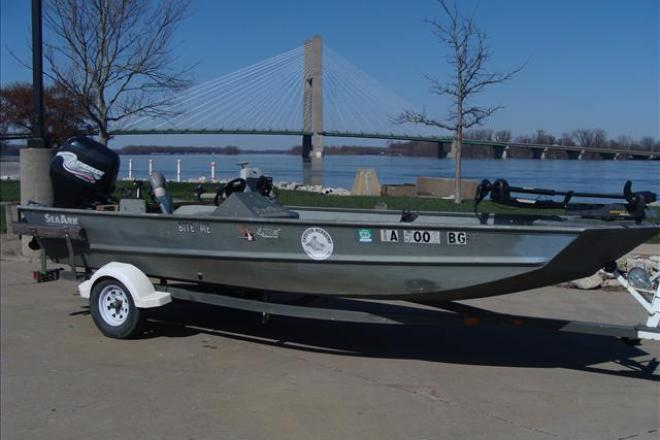 2001 seaark 1860 18 foot 2001 fishing boat in burlington for Used fishing boats for sale in iowa