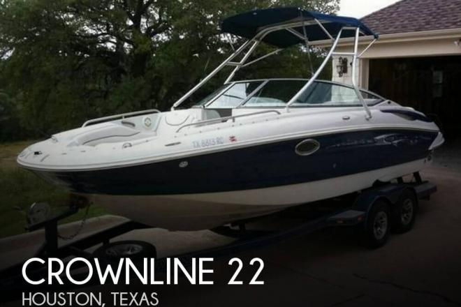 2005 Crownline 22 22 Foot 2005 Crownline Motor Boat In