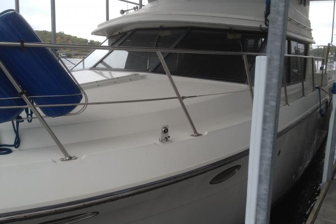 1995 Carver 430 Cockpit Motor Yacht - For Sale at Lake of the Ozarks, MO 65065 - ID 97329