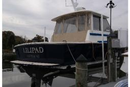 2002 Hunt Yachts Surfhunter 33