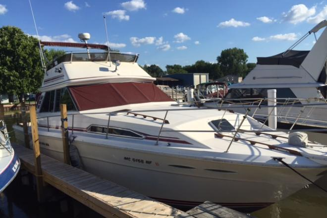 1985 Sea Ray 39 SPORTFISH - For Sale at Harrison Township, MI 48045 - ID 102362