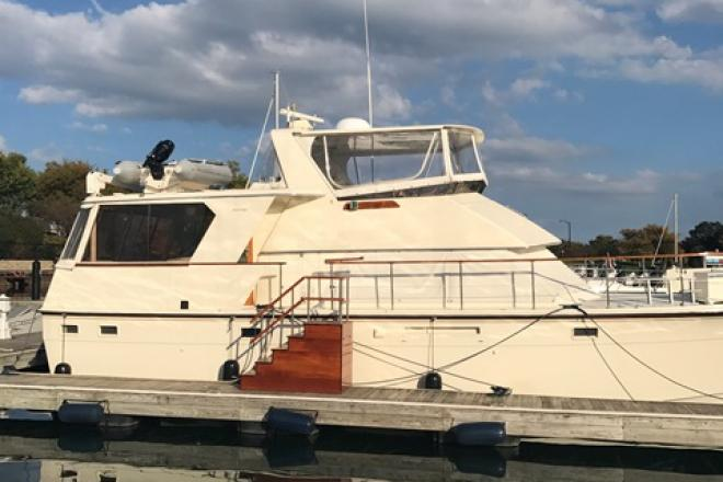1983 Hatteras 48MY - For Sale at Winthrop Harbor, IL 60096 - ID 104906
