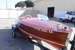 1951 Chris Craft Classic Runabout