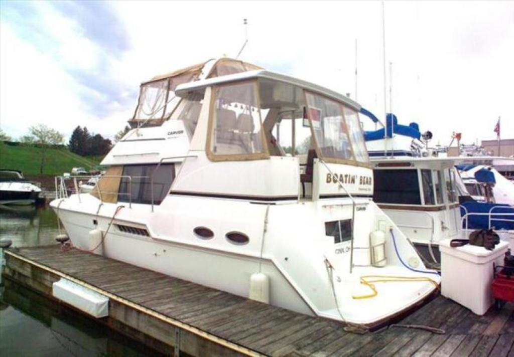 1999 Carver 356 Aft Cabin Motor Yacht For Sale At