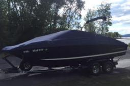 2008 Regal 2220 Fasdeck