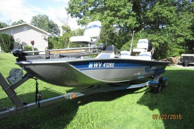 1996 Starcraft Semi V Bass Boat - For Sale at Bunker Hill, WV 25413 - ID 107672