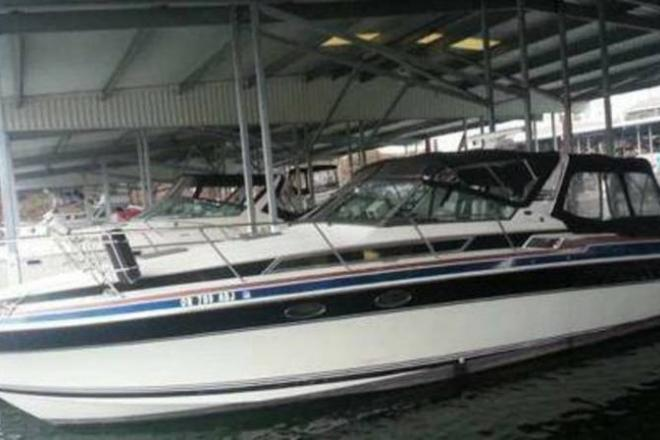 1988 Wellcraft St. Tropez - For Sale at Happy Valley, OR 97086 - ID 107873