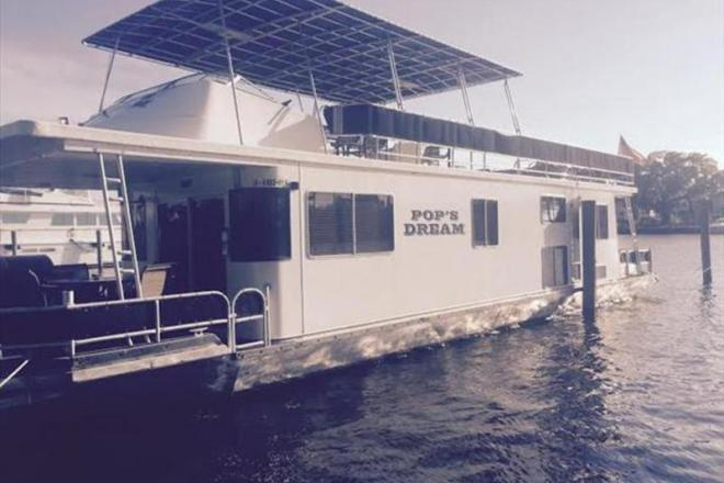 1996 Sumerset Houseboats Houseboats - For Sale at Madisonville, LA 70447 - ID 108021