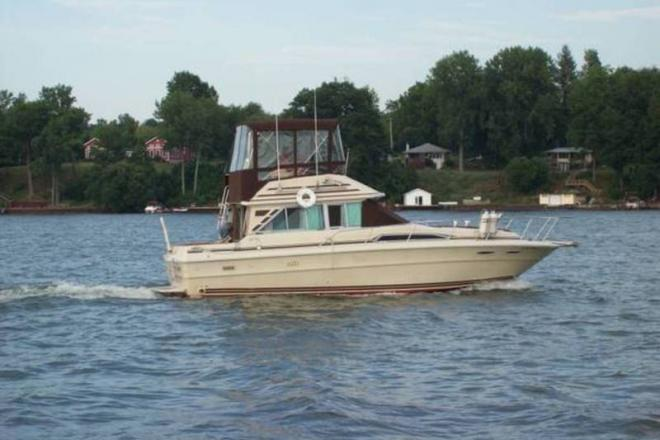 sodus personals Wayne county is a county in the us state of new york  williamson selected sodus bay on lake ontario as the point for a future commercial center, .