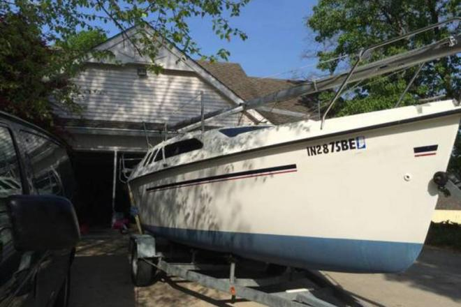 1996 Hunter 23.5 - For Sale at Fort Wayne, IN 46898 - ID 108308