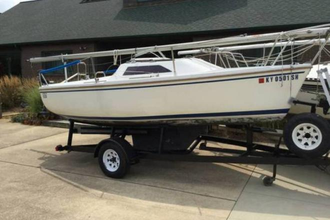 1990 Catalina Capri - For Sale at Jeffersonville, IN 47130 - ID 108412
