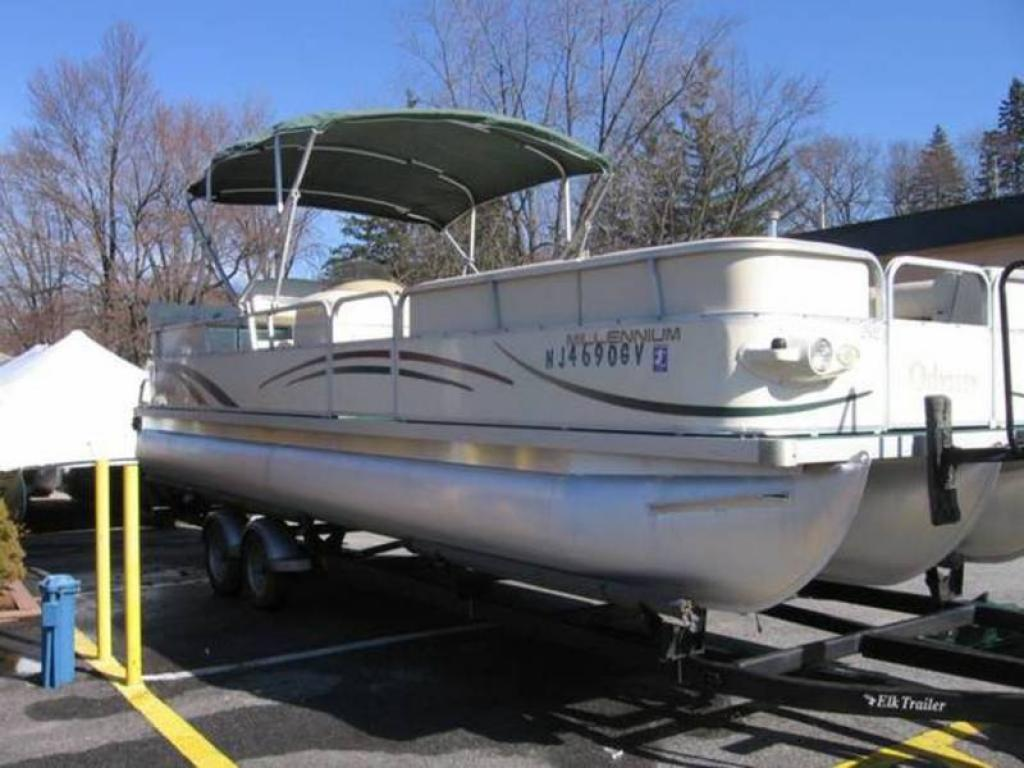 Boat Covers: Odyssey Pontoon Boat Covers on