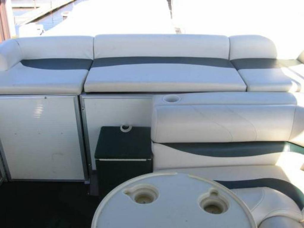 Boat Covers: Odyssey Pontoon Boat Covers
