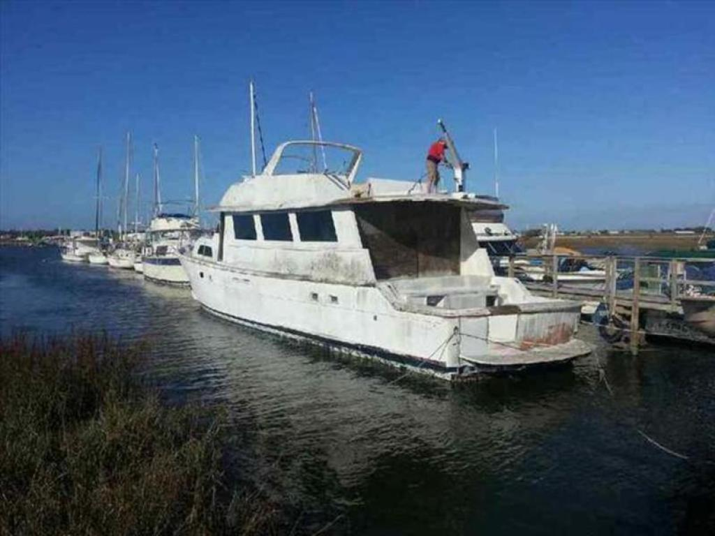 1985 Hatteras Cockpit Motoryacht For Sale At St