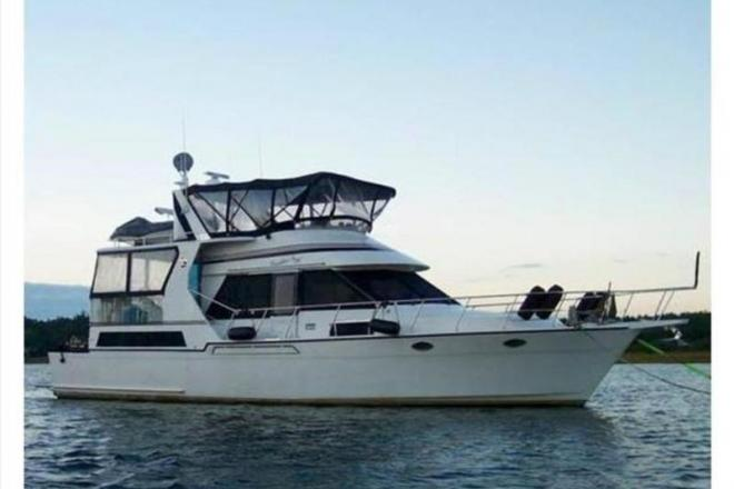 1989 Angel Cockpit Motoryacht - For Sale at New Bedford, MA 2740 - ID 108677