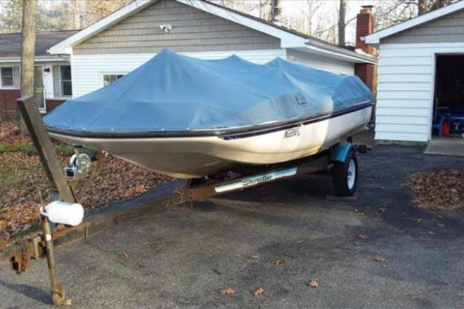 1988 Kayot K-18 Deck Boat - For Sale at Fort Wayne, IN 46898 - ID 109130