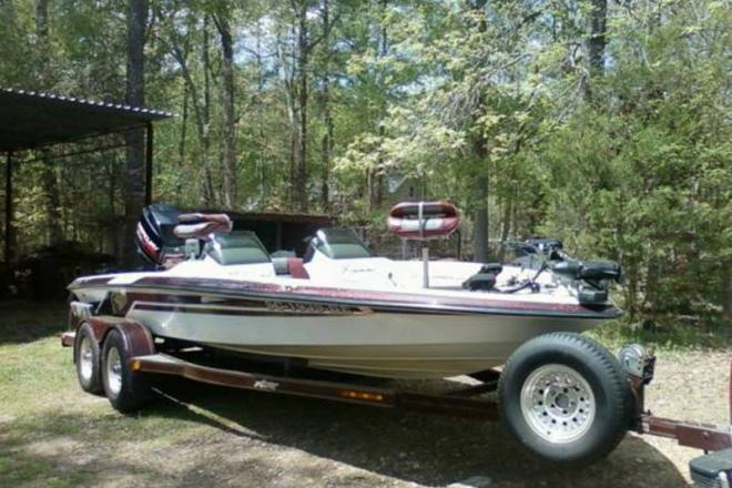 1998 Astro Tournament Edition - For Sale at Chapin, SC 29036 - ID 109140