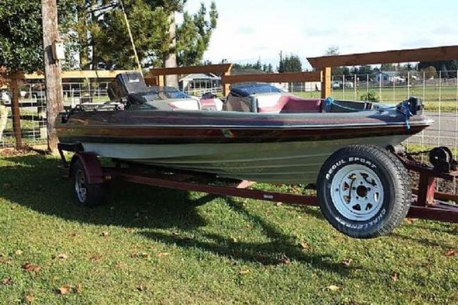 1989 Quantum Bass Boat - For Sale at Port Angeles, WA 98362 - ID 109156