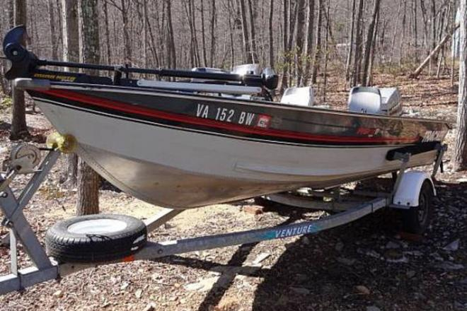 1990 Tracker Deep V - For Sale at Winchester, VA 22601 - ID 109160
