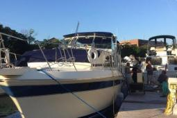 1985 Chris Craft 381 Catalina