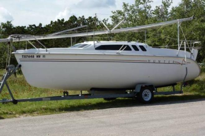 1998 Hunter 240 - For Sale at Canyon Lake, TX 78133 - ID 109372