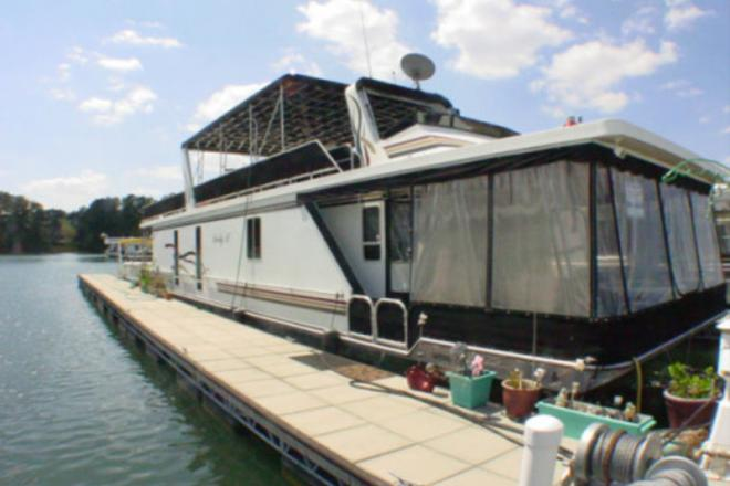 2003 Lakeview Houseboat - For Sale at Buford, GA 30515 - ID 109607