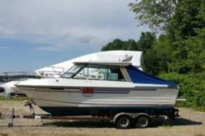 1988 Thompson 240 Fisherman - For Sale at Newington, NH 3801 - ID 109632