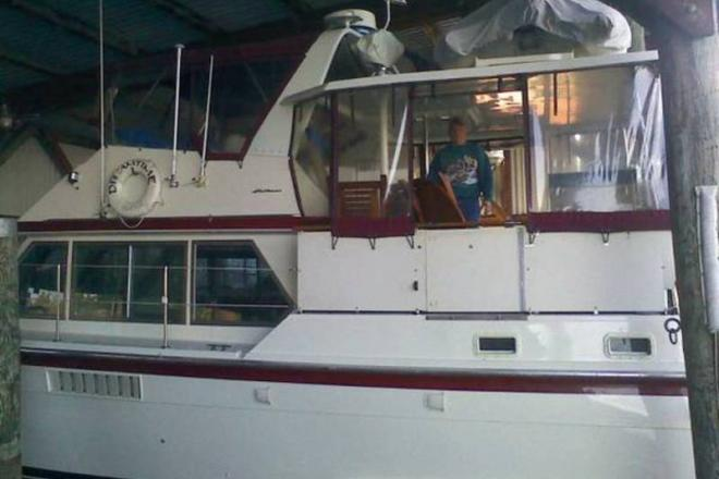 1974 Hatteras Double Cabin - For Sale at Seattle, WA 98101 - ID 109653