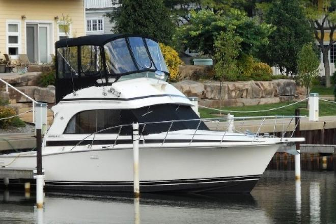 1988 Bertram 33 FLYBRIDGE CR - For Sale at Marblehead, OH 43440 - ID 109779