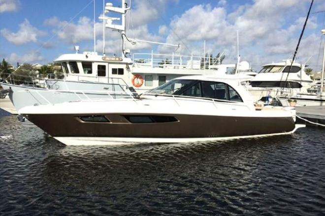 2016 Intrepid (Mint Condition!) - For Sale at Fort Lauderdale, FL 33331 - ID 110297