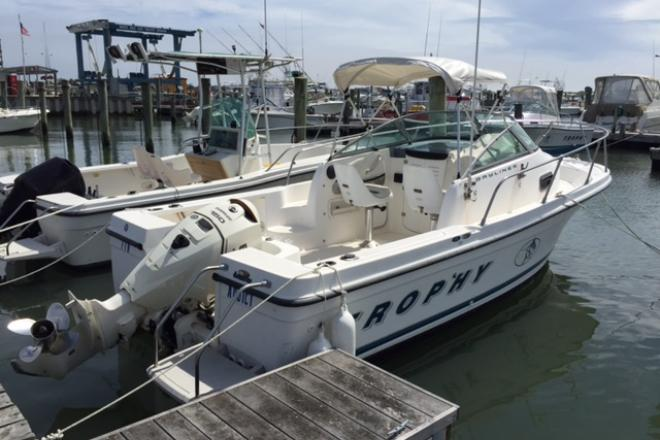 1999 Trophy (Newer Power! 170 Hours!) - For Sale at Cape May, NJ 8204 - ID 110312