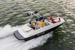 2017 Bayliner 215DB