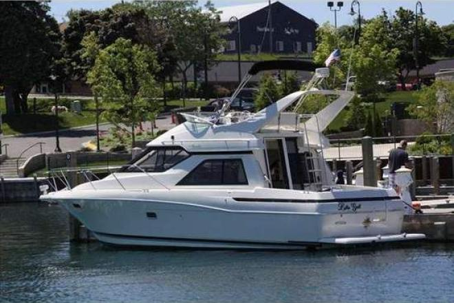 1996 Bayliner 3488 Avanti Command Bridge - For Sale at Muskegon, MI 49440 - ID 110820