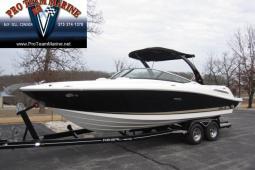 2014 Sea Ray 250 SLX Bowrider