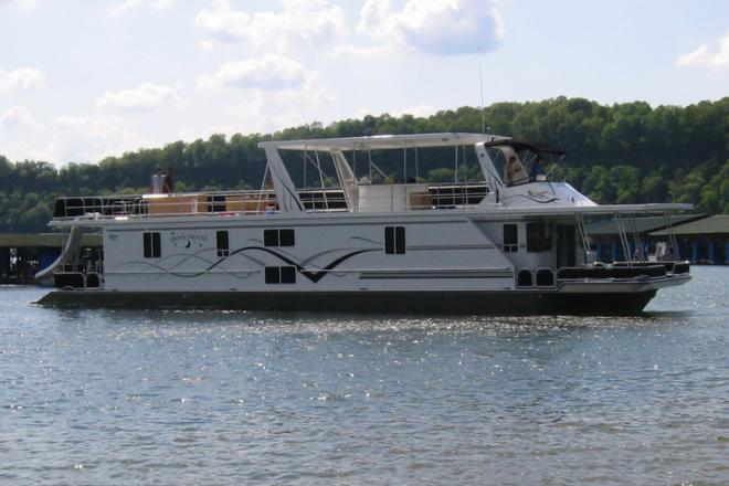 2006 Lakeview Houseboat - For Sale at Albany, KY 42602 - ID 111305