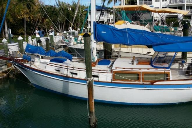 1975 Downeast DE 38C - For Sale at Charleston, SC 29401 - ID 111321