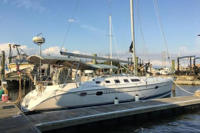 2004 Hunter 466 - For Sale at Beaufort, NC 28516 - ID 111783
