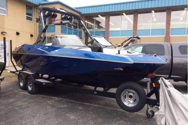 2017 Axis A22 - For Sale at Madison, WI 53701 - ID 109581