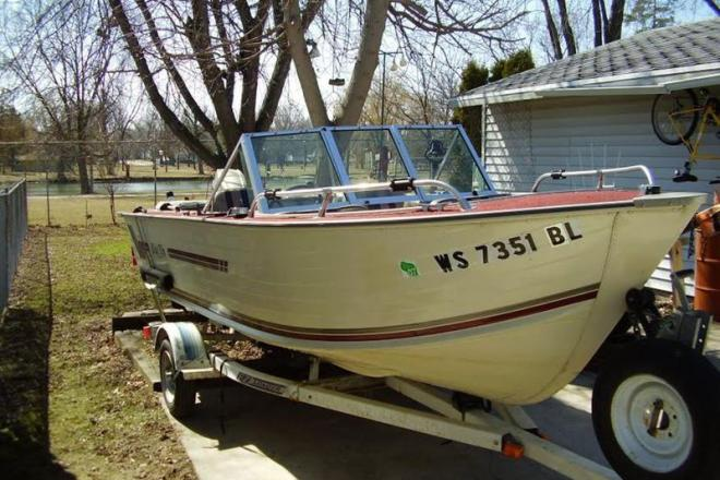 1986 blue fin 16 16 foot blue 1986 motor boat in oshkosh for Fin for boat motor