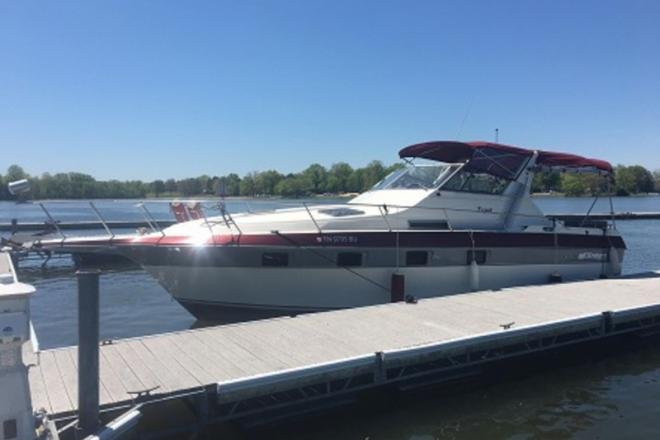 1987 Cruisers Cruisers Inc. Esprit 3370 - For Sale at Nashville, TN 37211 - ID 113234