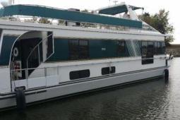 2000 Monticello 60 River Yacht