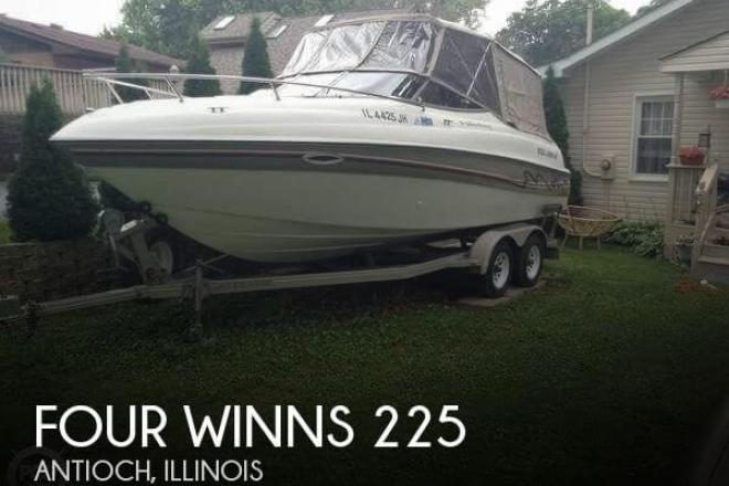 1999 Four Winns 225 Sundowner - For Sale at Antioch, IL 60002 - ID 112810