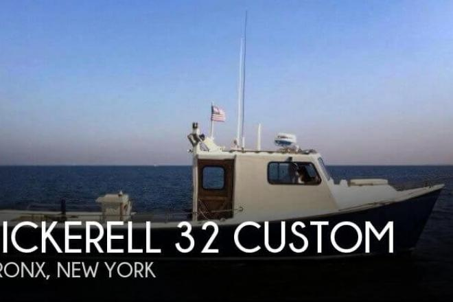 1990 Pickerell 32 Custom - For Sale at New Rochelle, NY 10801 - ID 111351