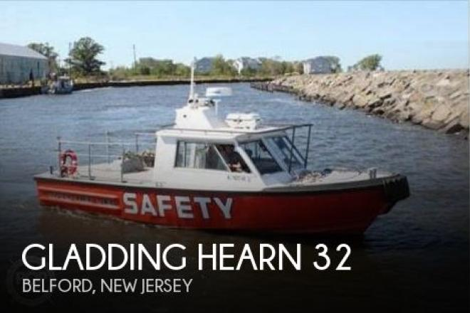 1983 Gladding Hearn 32 - For Sale at Belford, NJ 7718 - ID 95456
